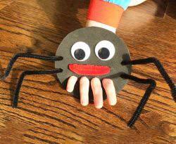 Kartondan Örümcek Yapımı