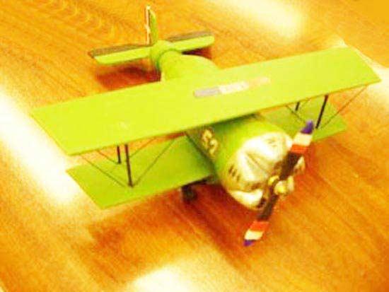 Pet Şişeden Uçak Yapımı
