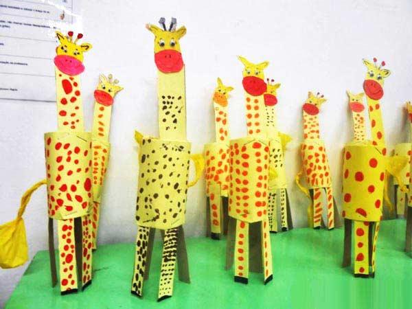 Rulodan Zürafa Yapmak